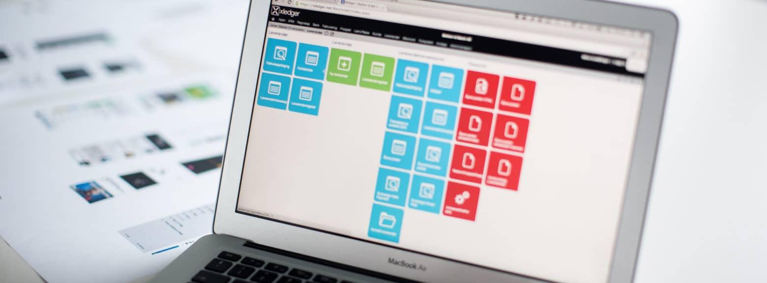 Nærbilde av systemet Xledger på en laptop